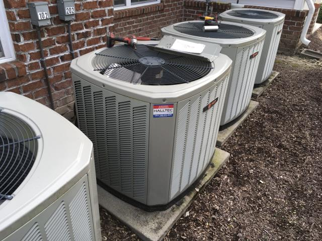 Greenville, NC - Performed preventative maintenance on Trane split system and installed a new dual capacitor.