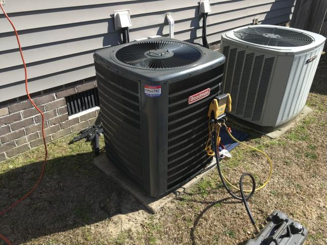 Winterville, NC - Installed 2.5 Ton Goodman Split Heat Pump.