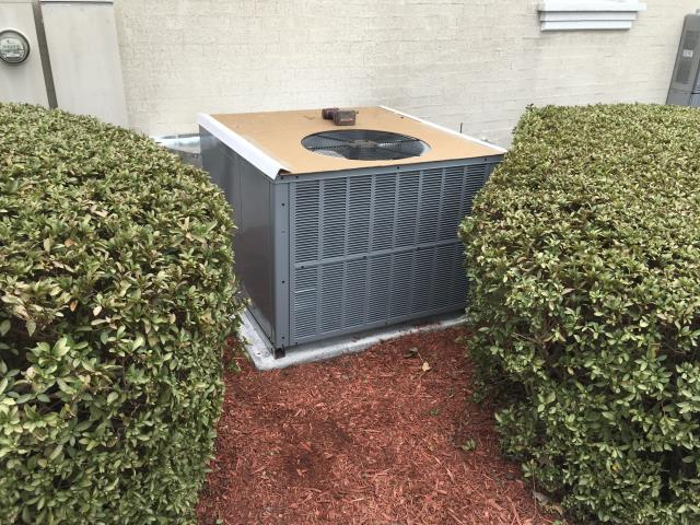 Greenville, NC - Installed 3 ton Daikin Gas package system
