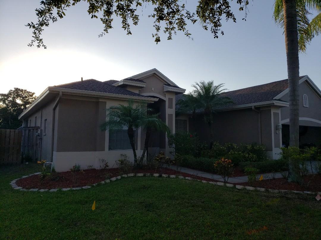 Lutz, FL - Completed another GAF Golden Pledge Roof.
