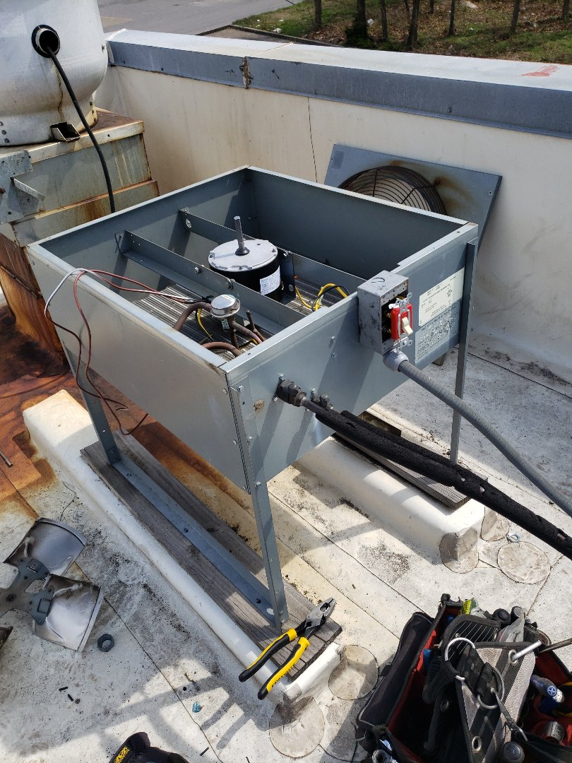 Grove, OK - Ice machine repair.  Repair an ice machine for a restaurant in Grove Ok.