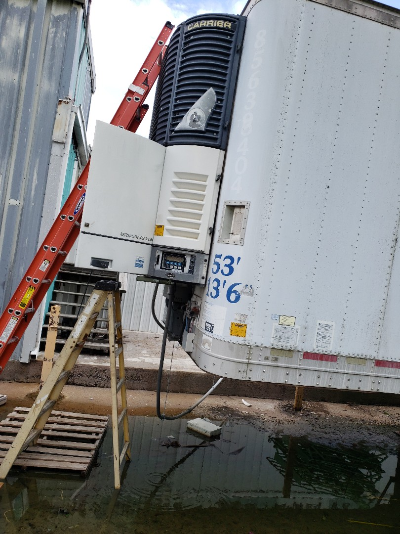 Grove, OK - Transport freezer repair.  Upper fan bearing repair on a carrier transport freezer in Grove ok.
