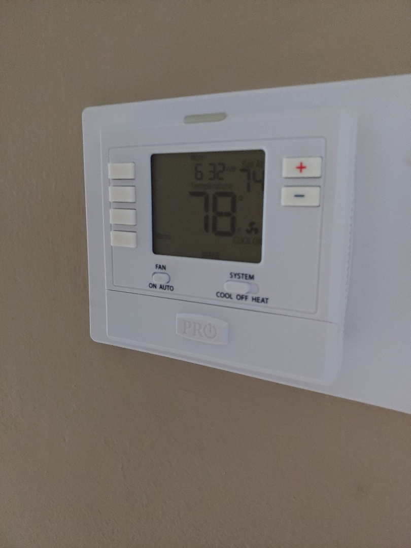 Fort Lauderdale, FL - Replaced Honeywell thermostat after a no ac call in Fort Lauderdale