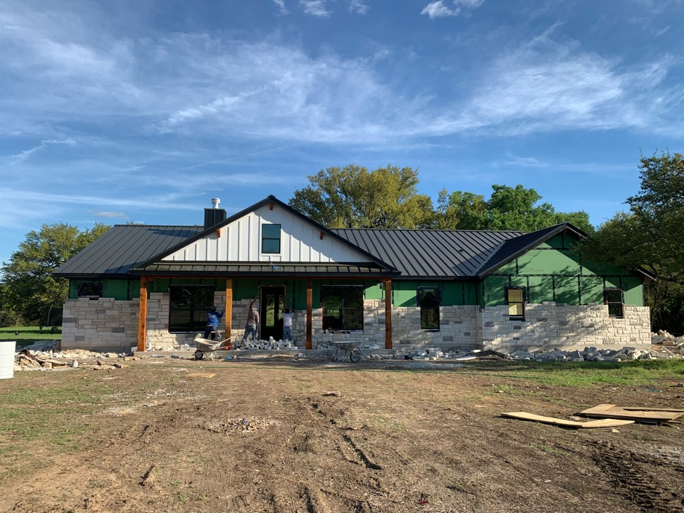 Leander, TX - Beautiful metal double-lock roof on this new build.