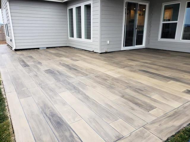 Tifton, GA - Planning on changing the look of your old porch? Try concrete staining! Providing you an unlimited selection of colors guarantees a 100% customizable look!