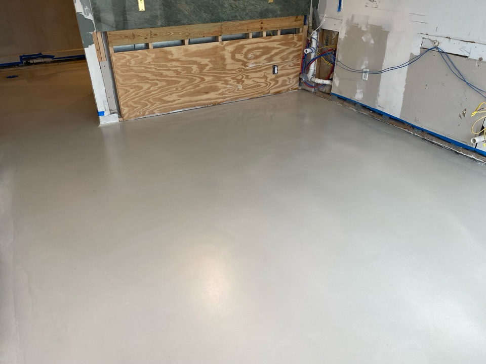 Thomasville, GA - Epoxy flooring is above & beyond traditional concrete stain. The luster and depth of a three-dimensional color produced with this popular process will amaze everyone that enters your business or home. Near Thomasville Georgia.