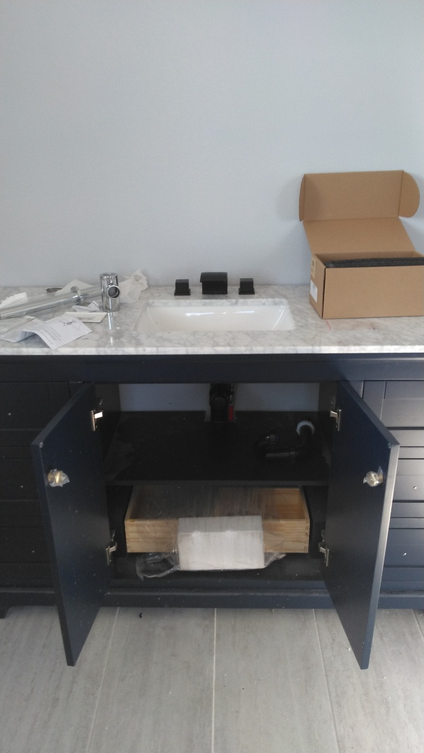 Molalla, OR - Installed new vanity