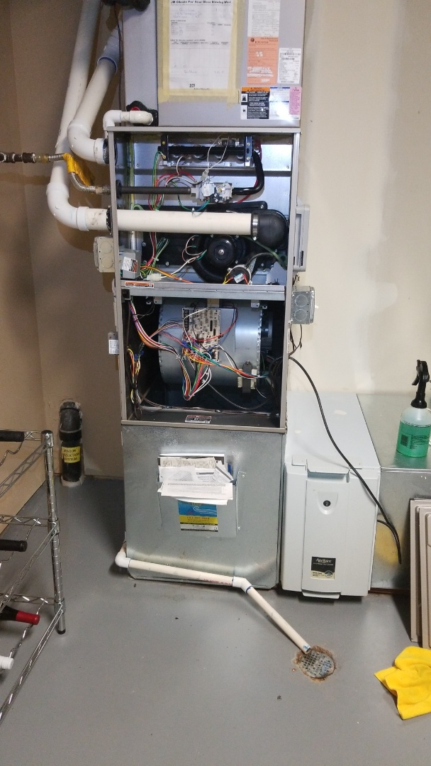 Washougal, WA - Home for sale inspection/furnace and heat pump tune ups.