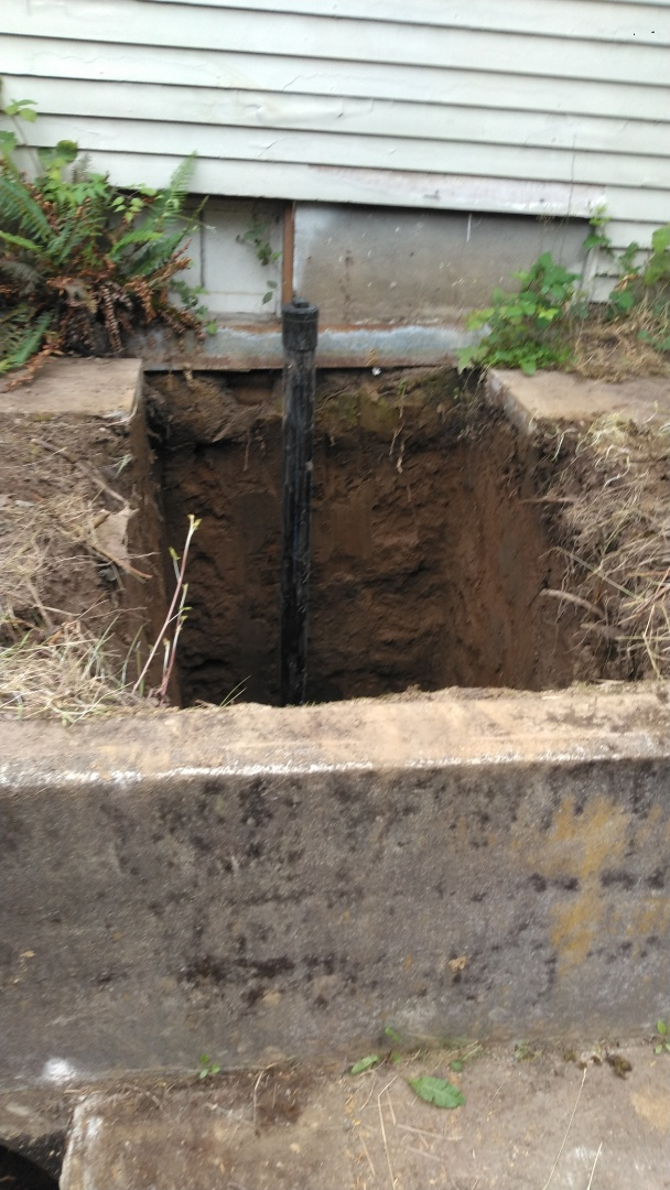 Portland, OR - Northeast Portland- Sanitary sewer line repair and backfill.