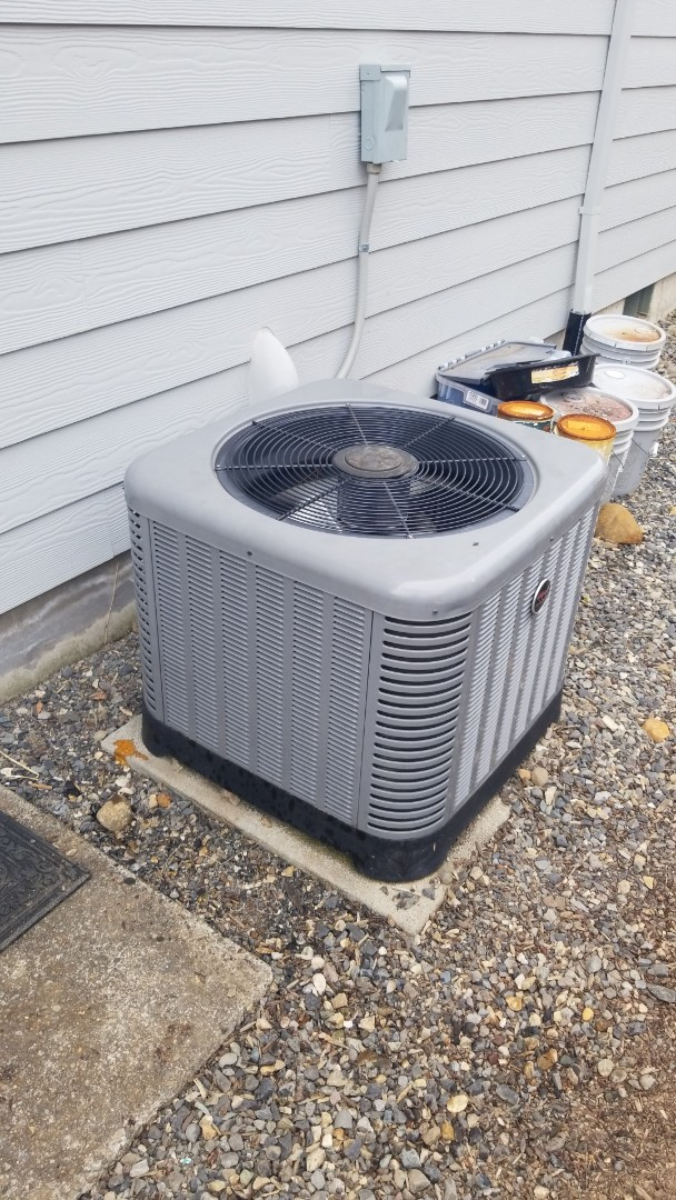 Estacada, OR - Heat pump refrigerant leak repair