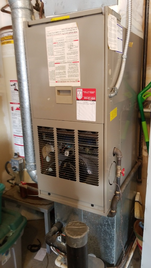 Troutdale, OR - Furnace diagnostic: Replaced furnace control board.