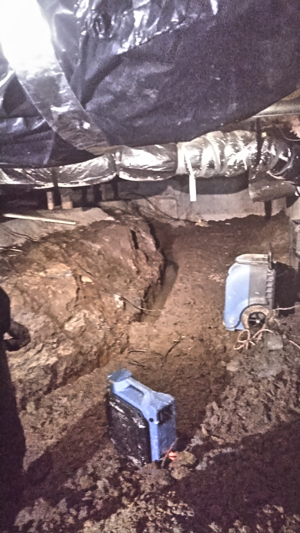 Gresham, OR - French drain installation and crawl space excavation.