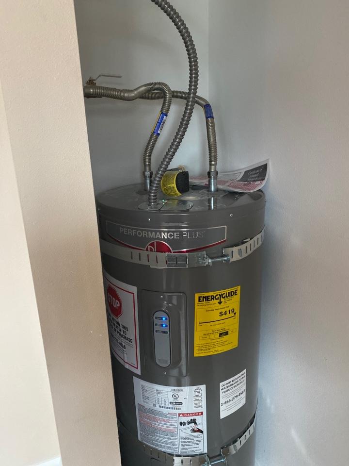 Gresham, OR - Gresham.  New water heater