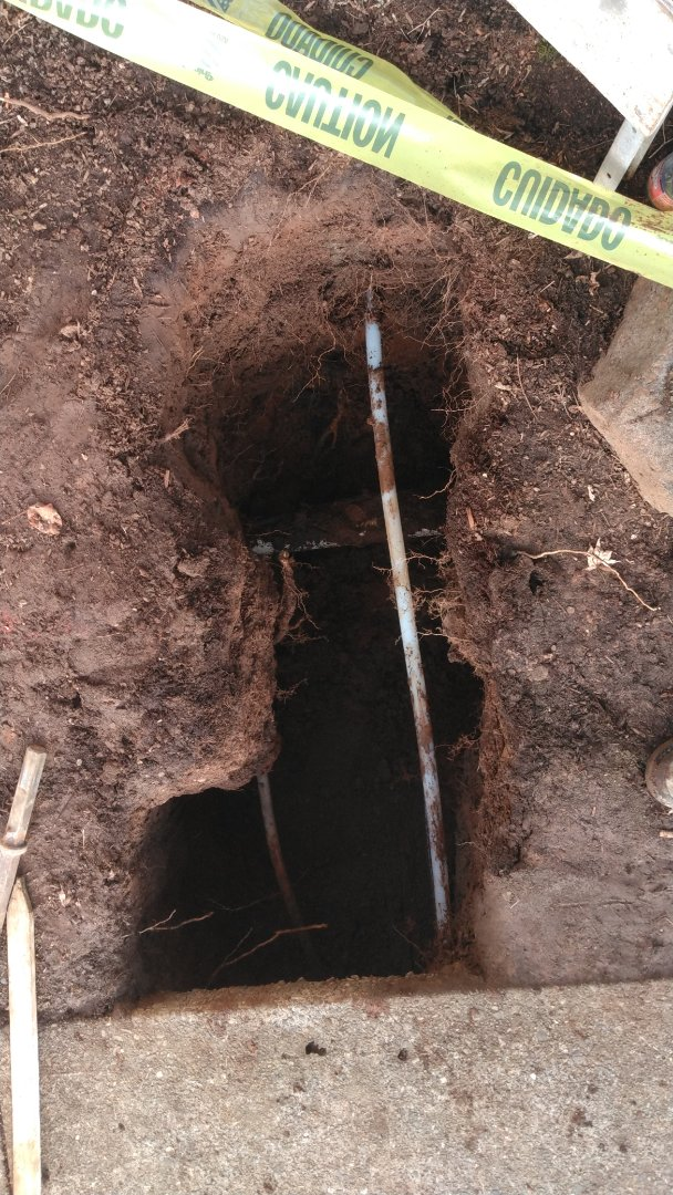 Oregon City, OR - Running new 1-in PEX water line from water meter box to crawl space. Oregon City.