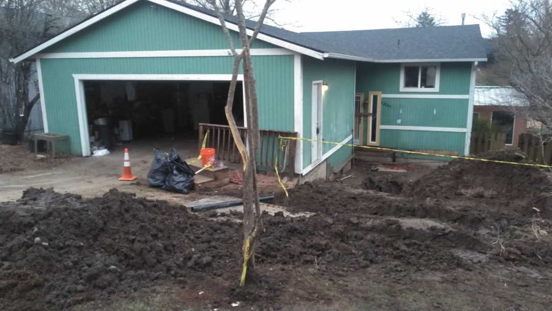 Troutdale, OR - Troutdale Oregon sanitary sewer line injection pump installation.
