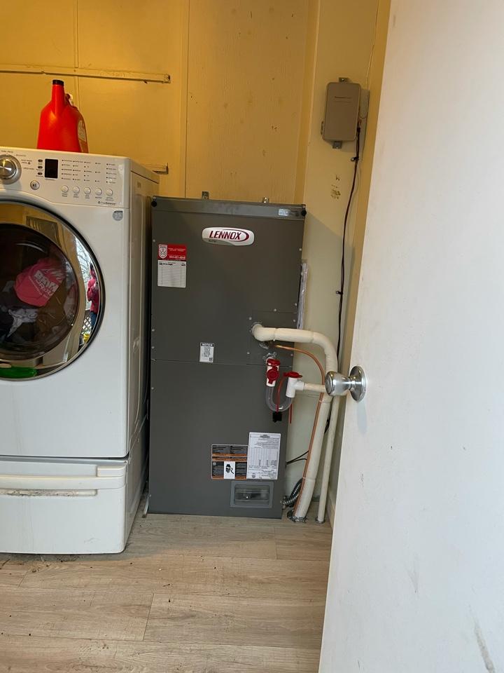 Corbett, OR - Installation of new heat pump and air handler. Corbett, OR