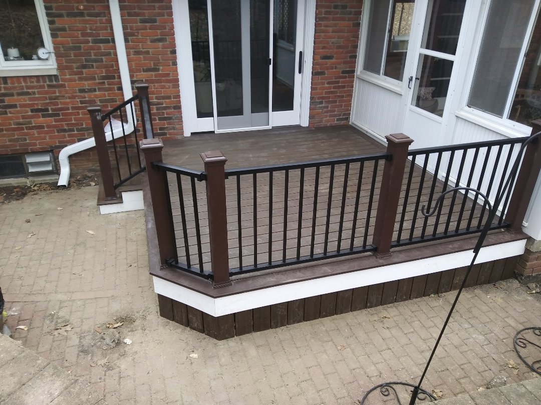 Brighton, MI - A nice cozy trex deck with skirting