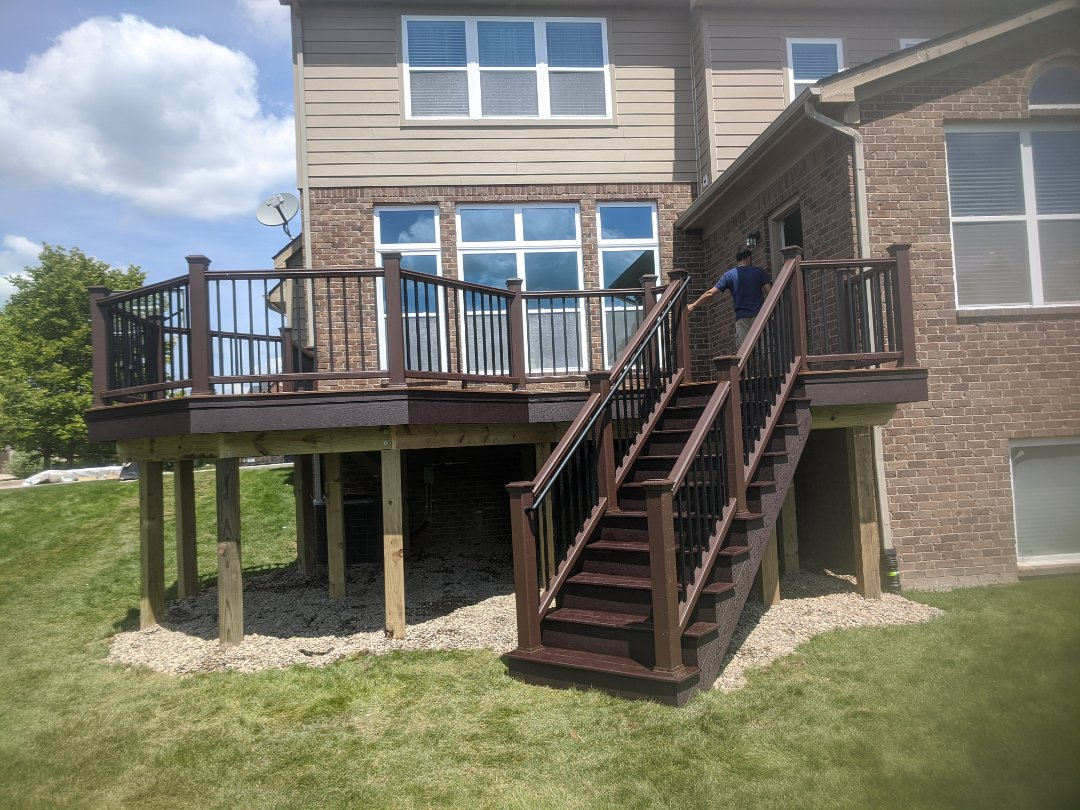 Ann Arbor, MI - A beautiful deck in 3 days can transform your backyard to a place every one can hangout