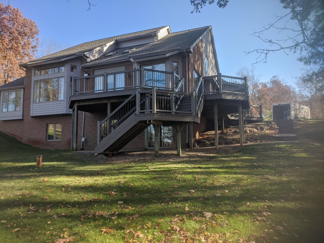 Milford Charter Township, MI - From a old wood deck to a beautiful trex deck 10 days from start to finish