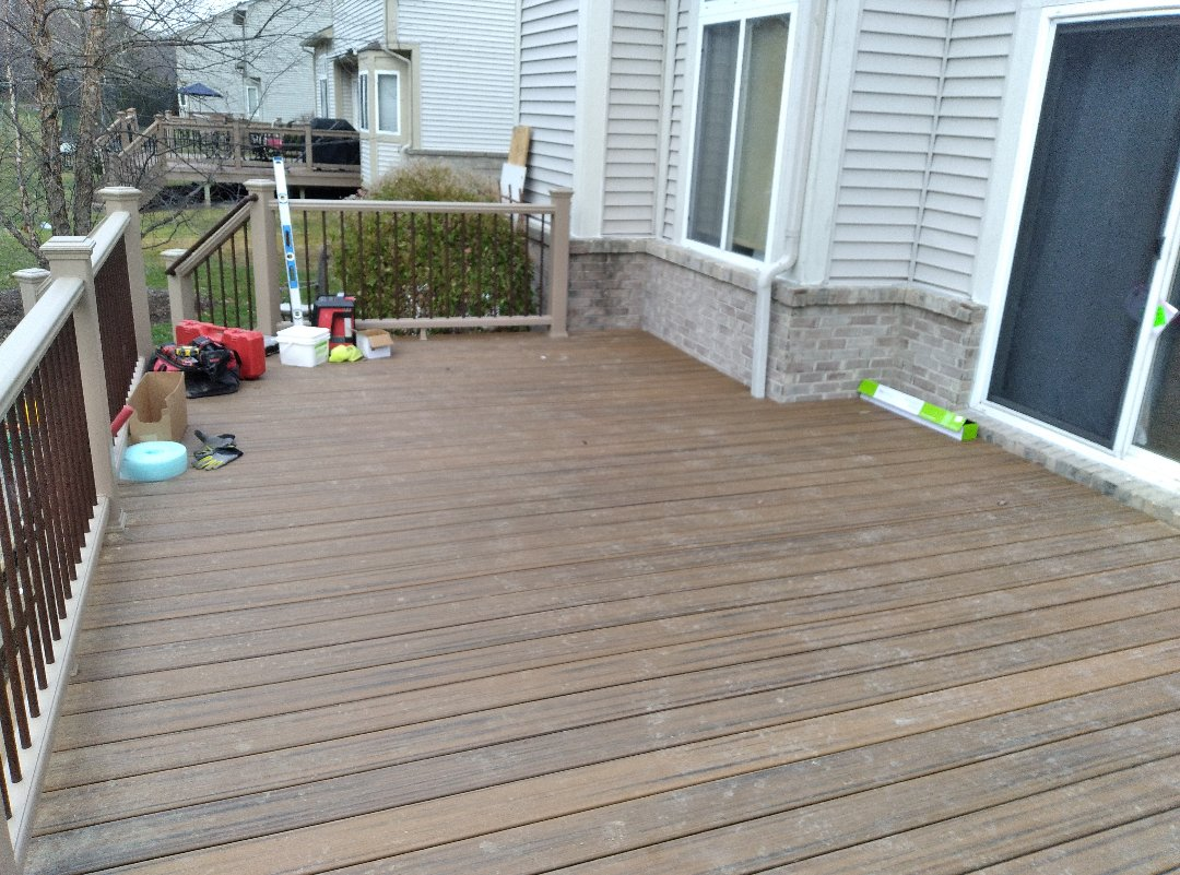 South Lyon, MI - Havana gold deck to enjoy soon!!