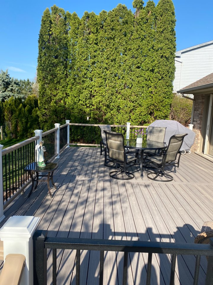 Northville, MI - Just finished up the lovely Trex Deck in Northiville! This one features Trex Rocky Harbour and Trex transcend railing systems!
