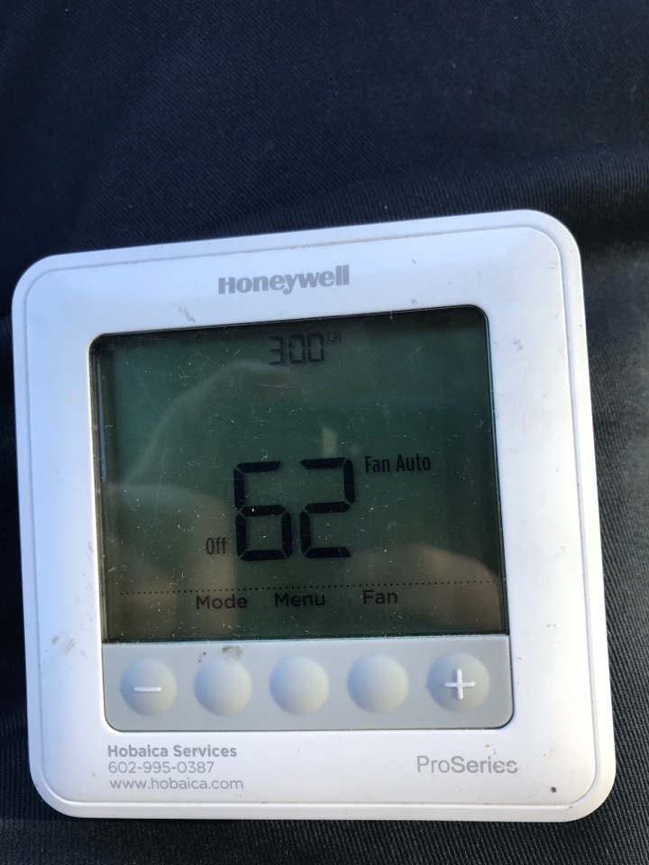 Paradise Valley, AZ - 79.00 HVAC Club Service Fee ***TECH TO COLLECT*** (12-4)   SD THE MASTER BEDROOM T-STAT IS NOT WORKING