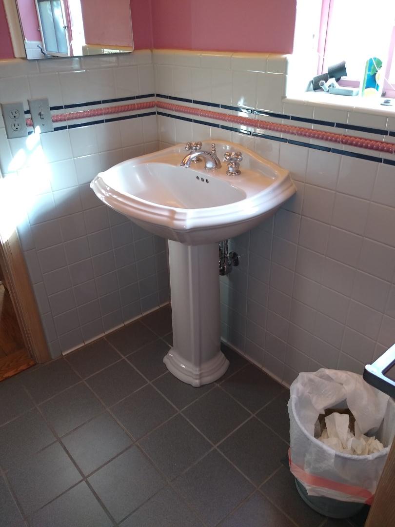 Tucson, AZ - Repaired drain for existing pedestal sink pedestal lavatory