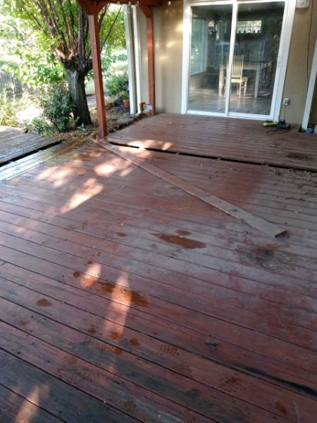 Austin, TX - Does your deck need  maintenance? Let us help!