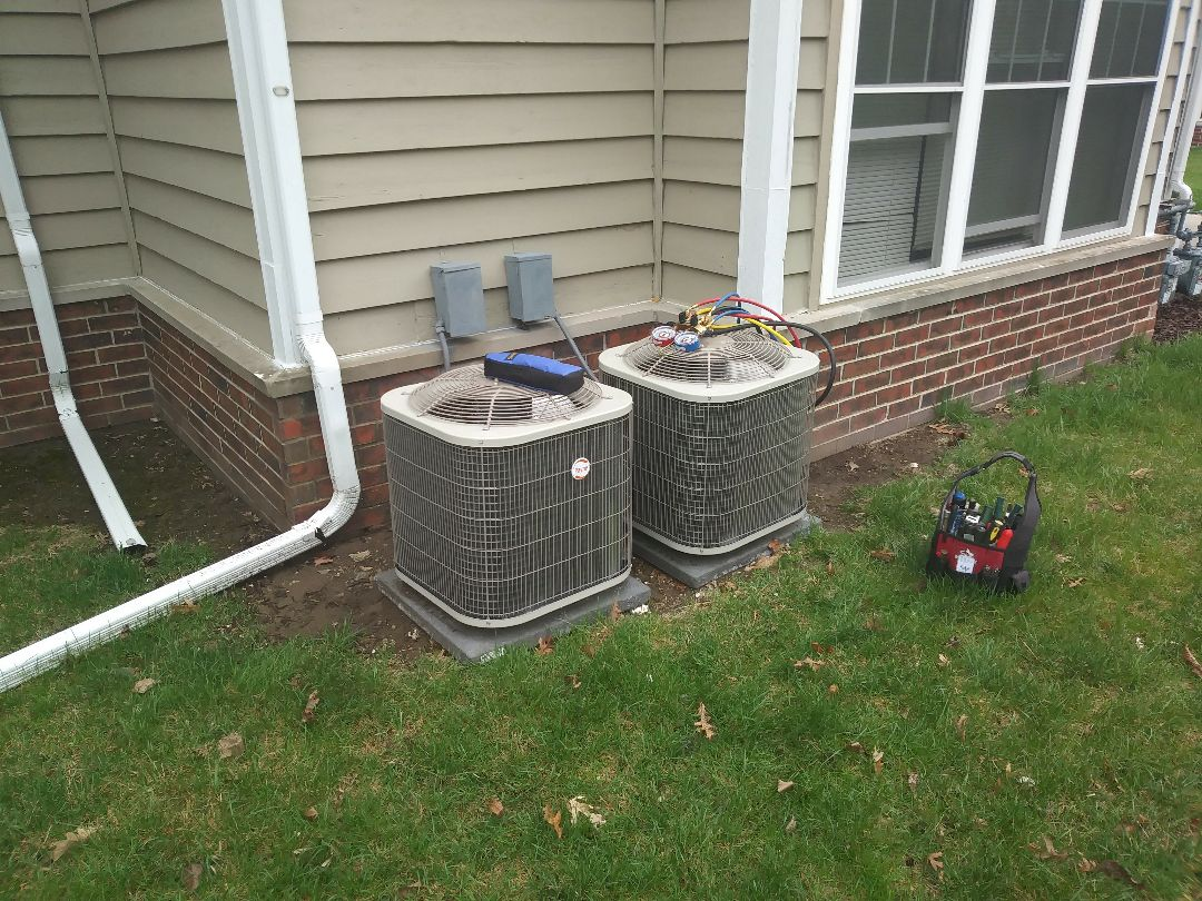 Franklin, WI - Start up a/c units.