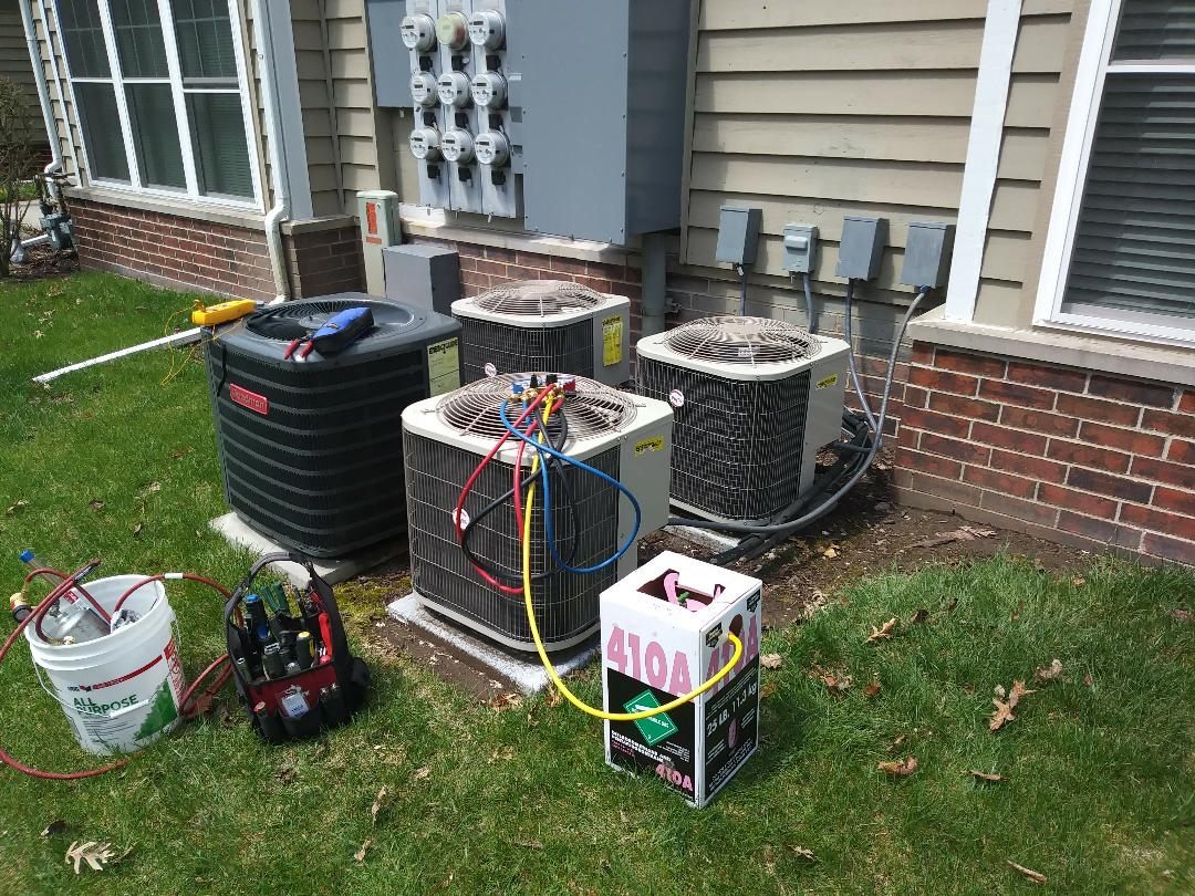 Franklin, WI - A/C start ups
