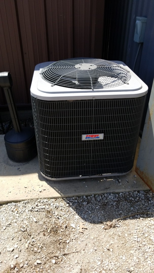 Waukesha, WI - Service call and diagnostic on Heil AC, AC Repair