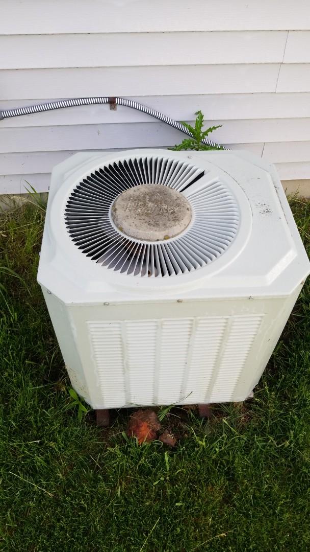 Waukesha, WI - Air conditioner repair