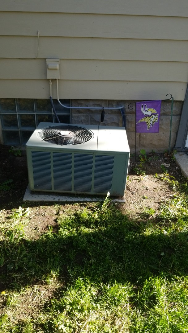 Shorewood, WI - Air conditioner repair