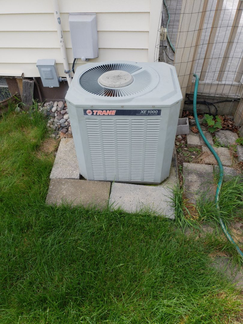 Milwaukee, WI - Ac replacement on Trane Air Conditioner