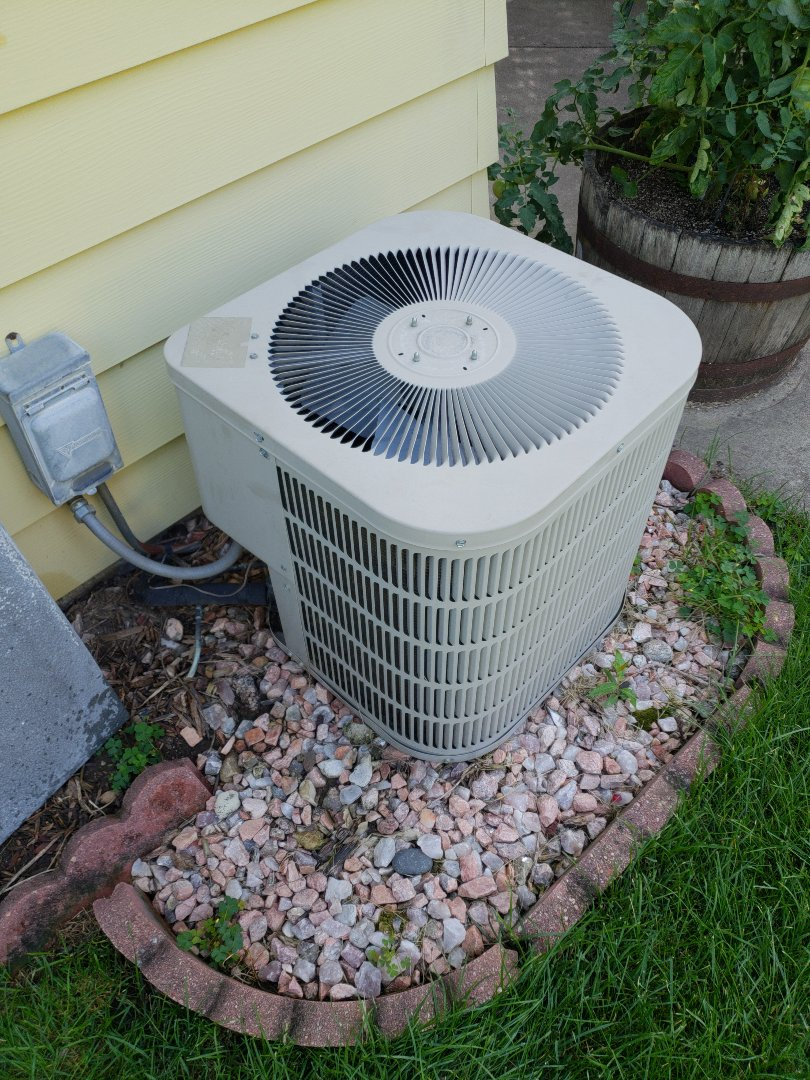 Franklin, WI - Installing new American standard ac, Bryant ac repair and service.