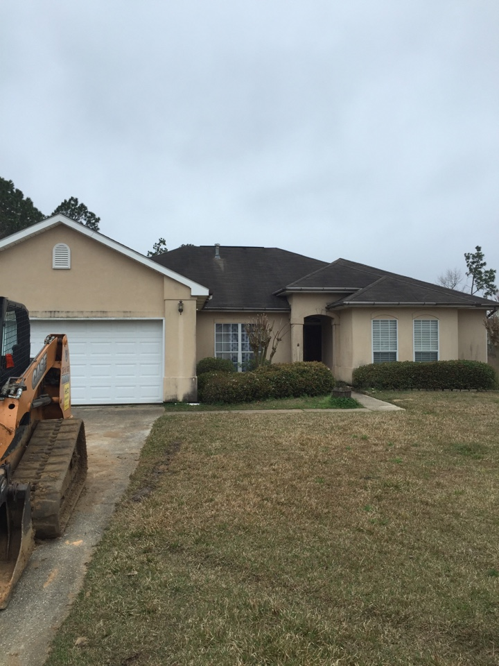 Biloxi, MS - Repairing and coating stucco on a home
