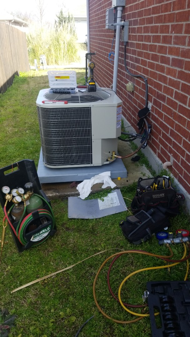 Royse City, TX - Installing new payne ac system with gas furnace and r410 coil.