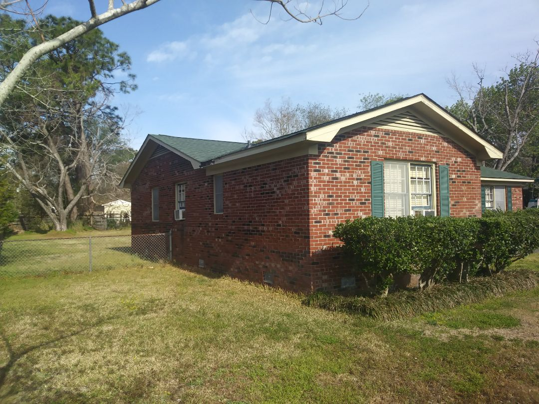 Wilmington, NC - Estimate to replace 11 wood window with energy efficient vinyl replacement windows. Also repair rotten fascia, sill wood rot and brickmoulds