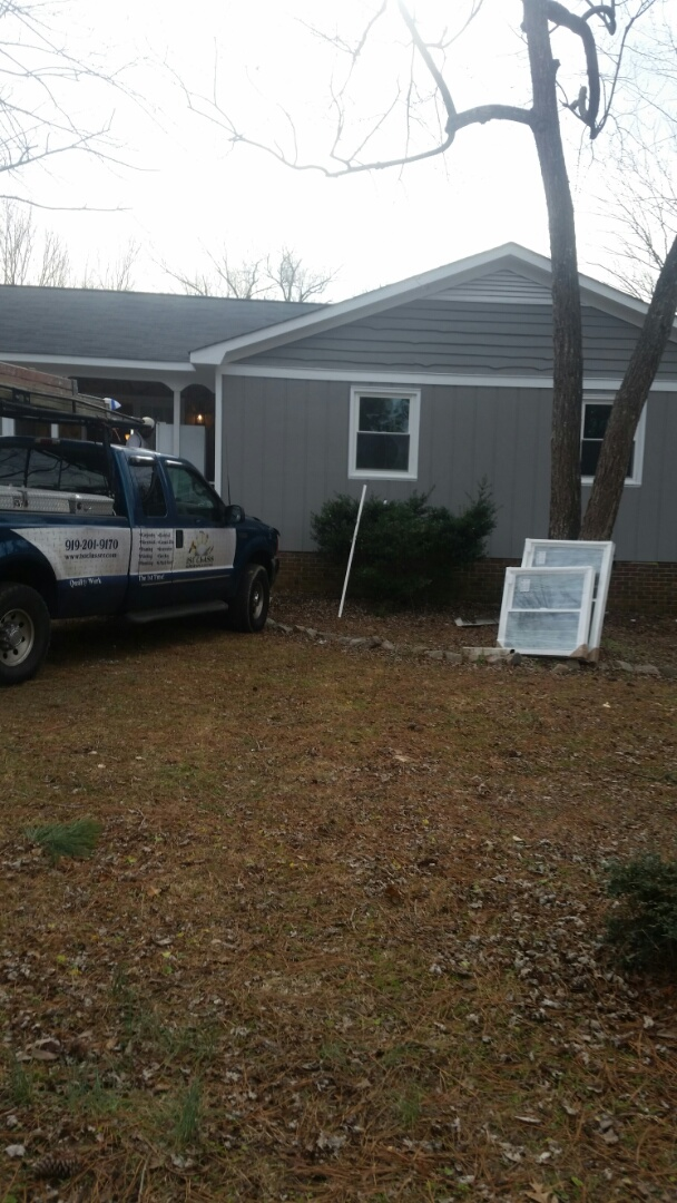 Wendell, NC - Remove 6 wooden windows and installed 6 vinyl replacement windows. Home being renovated. Windows are Argon gas-filled and low e reflectivity. Previous energy catchers customer