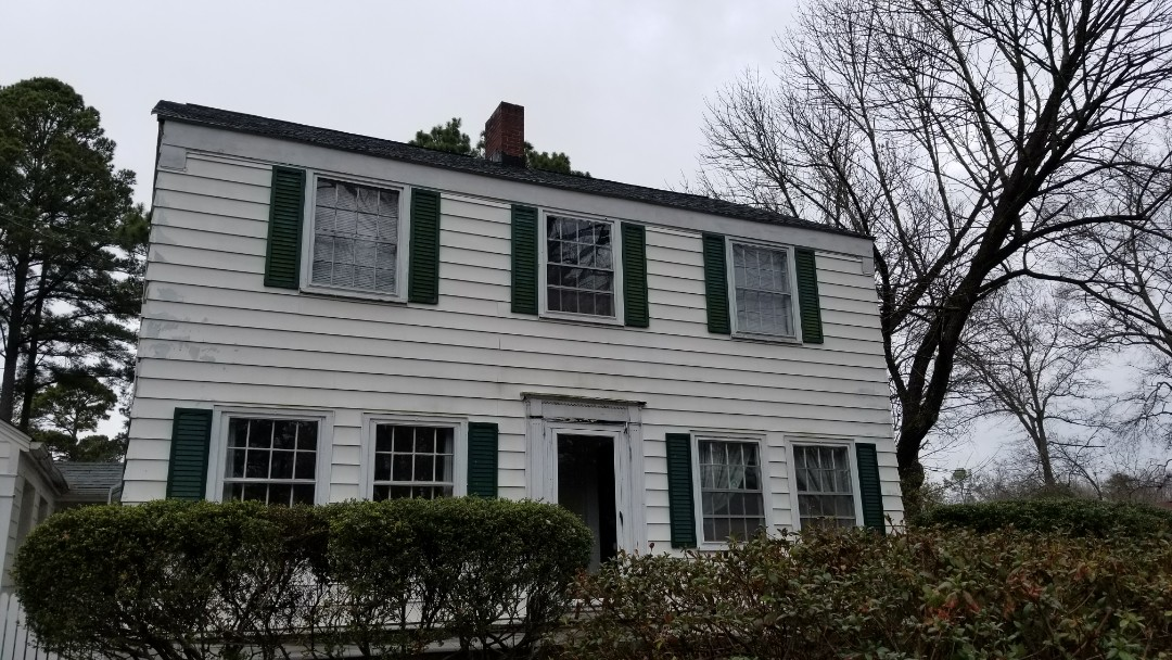 Zebulon, NC - Removing old drafty wooden windows and installing new vinyl replacement windows with a lifetime warranty