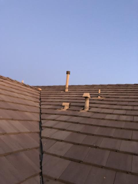 Perris, CA - This customer contacted us with a leak on her vaulted ceiling towards the front of her home. At times if the roof tiles aren't cut properly with enough space in the valleys they can create water damns that eventually turn into leaks in your home.