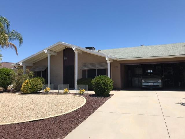 Menifee, CA - This customer called us to get a free estimate on a shingle roof replacement.