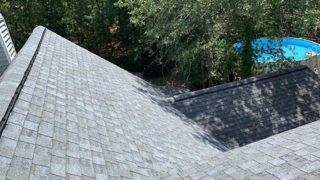 Lexington, SC - When is the last time you climbed on your roof? It might be time to take a look. Vista Roofing offers free no  obligation roof consultations to let you know exactly what's going on up there. Give us a call today!