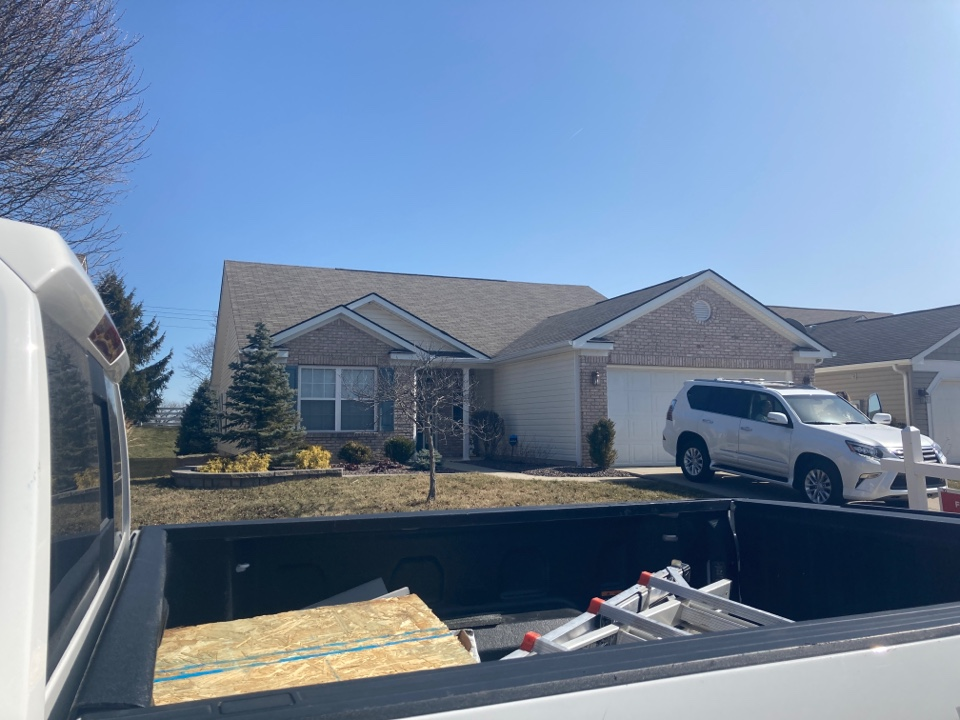 Whitestown, IN - Working with a realtor on a Roof Inspection