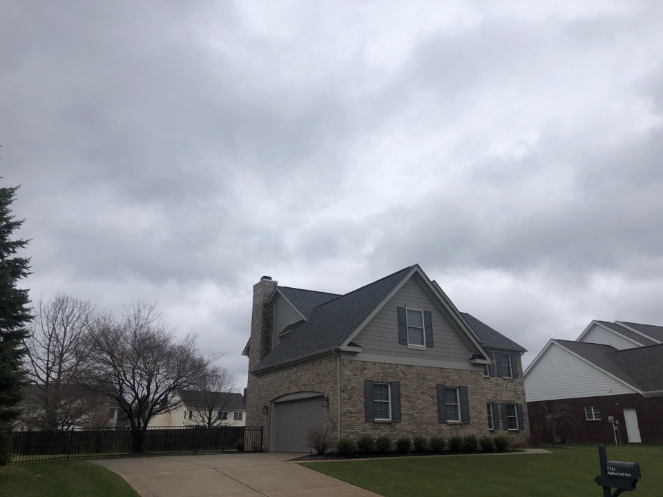 Brownsburg, IN - Roofing siding and gutters