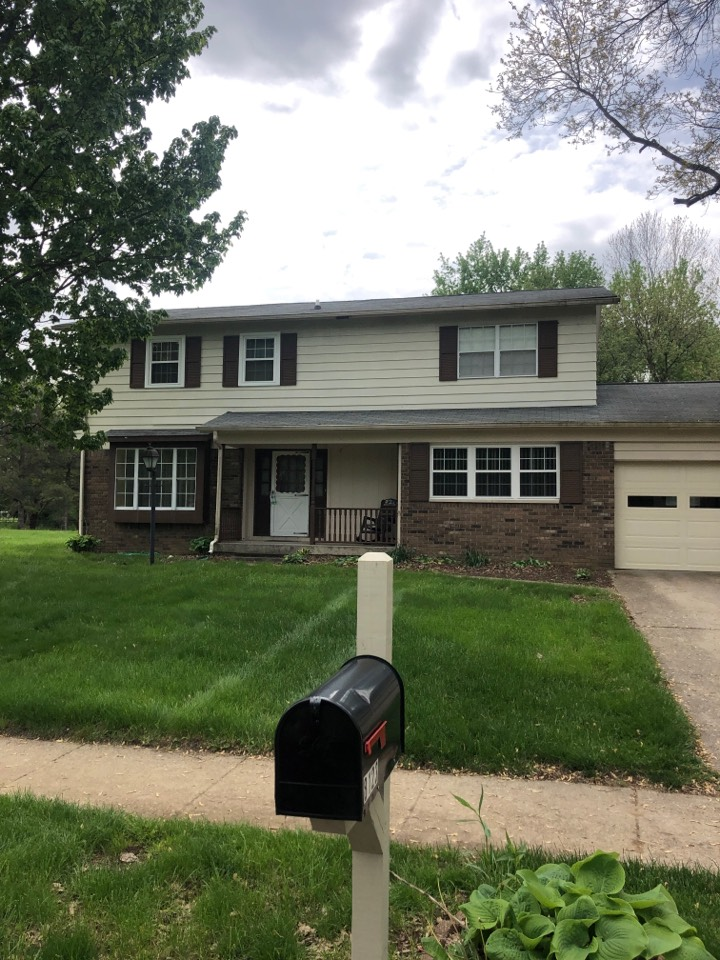 Indianapolis, IN - Roofing siding and gutters and paint