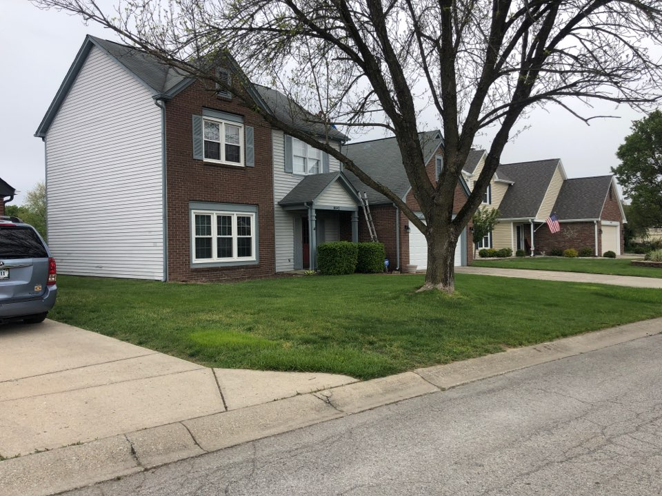 Indianapolis, IN - Indianapolis homeowner requested a free estimate on roofing, siding, gutters, and paint.