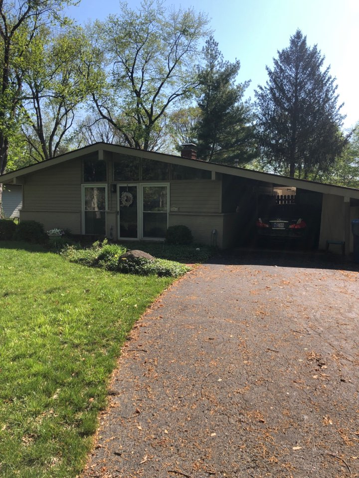 Indianapolis, IN - Completing new roof, siding, gutters, and paint on home.
