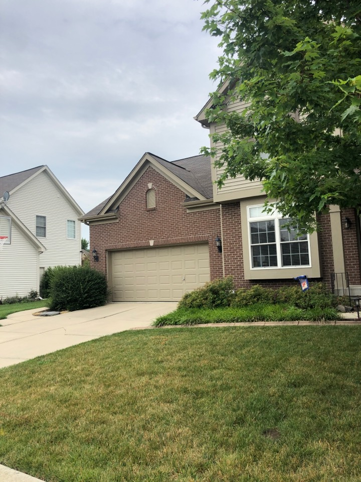 Brownsburg, IN - Roofing siding and gutters and paint