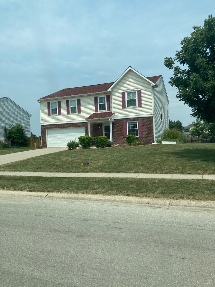 New Palestine, IN - Hail damage inspection